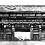 Old_Oote-mon_of_Sendai_Castle_in_1938_cropped